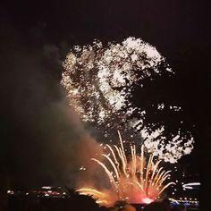 #Fireworks #Cologne #Köln #KölnerLichter http://ift.tt/29Ql6KV