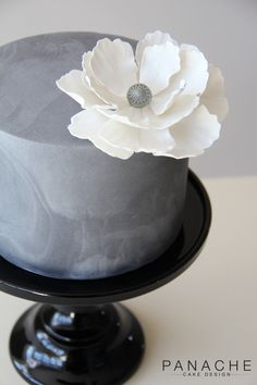 Marble cake peony engagement statement flower grey colours monochrome silver