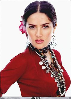 Salma Hayek - 5ft 2. Actress. Played Frida Kahlo. Quite liked her character in Oliver Stone's Savages.