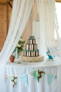 & Barn Ranch Rustic Wedding Cake Topper | Wedding Barns and Cakes