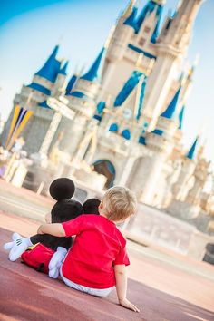 Photo idea for Disney World trips (helps to be in the park for breakfast before it opens so you can get a pic w/o people!)