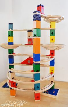 Holzspielzeug Quadrilla Kugelbahn von Hape