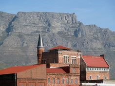 Office Space to Let in Woodstock. Prime Office Space to Rent in Woodstock, Cape Town. View the latest Commercial Property to Rent Woodstock. Provinces Of South Africa, Cape Town South Africa, Property For Rent, Wine Country, Woodstock, Old Houses, Brewery, Castle, Mansions