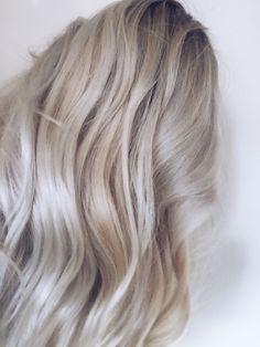 Silver/platinum/blonde @solveignoll