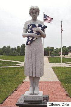 Ohio Vietnam Veterans Memorial ~~ 3095 names ~~ Clinton, Ohio