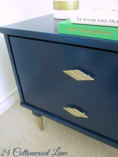 Navy and gold vintage end table makeover. 24cottonwoodlane.come