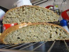 Celozrnný chlebík so špenátom a syrom (fotorecept) - recept Kefir, Bread, Food, Basket, Brot, Essen, Baking, Meals, Breads