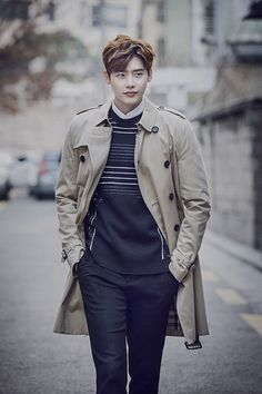 Lee Jong Suk | InStyle Magazine March Issue '16 Korean People, Korean Men, Asian Men, Lee Jong Suk Cute, Lee Jung Suk, Lee Min Ho, Asian Actors, Korean Actors, Kang Chul
