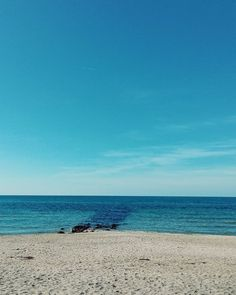 Clear. #unangeloinviaggio  Edit with @vscoNC  #italia #italy #campania #salerno #agropoli #vsco #vscocam #vscoitaly #landscape #landscapephotography #landscape_captures #landscape_lovers #amazing #awesome #bestoftheday #beautiful #beautifuldestination #photo #photography #photooftheday #travel #traveling #trip #exploring #exploringtheglobe #sea #nature #naturelovers #mare
