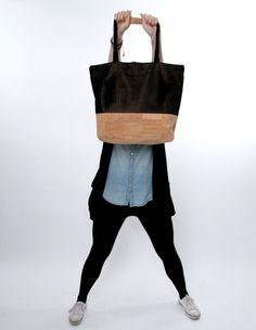 Vegane Tasche aus Kork Weekender, Cork Fabric, Shopper, Gym Bag, Backpacks, Bags, Inspiration, Fashion, Fashion Styles