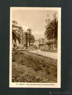 MURCIA PLAZA DEL GENERALISIMO Y CRUZ DE LOS CAIDOS - Edición NOGUES - Postal (Postales - España - Murcia Antigua (hasta 1.939)) hoy de Santo Domingo