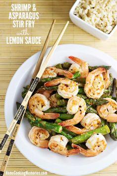 Shrimp And Asparagus Stir Fry with Lemon Sauce Rec. Shrimp And Asparagus Stir Fry with Lemon Sauce Recipe Shrimp Dishes, Shrimp Recipes, Fish Recipes, Paleo Recipes, Asian Recipes, Dinner Recipes, Cooking Recipes, Dinner Ideas, Asparagus
