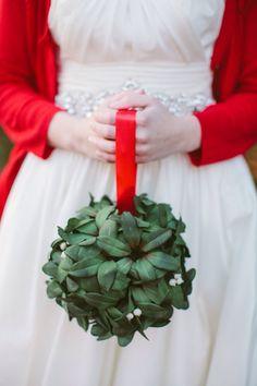 Flower girl - mistletoe