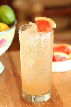 Paloma Cocktail - Tequila, grapefruit juice, lime juice and agave nectar - So refreshing and good!  Creative Culinary