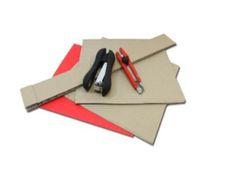 Necesitaremos: -carton reciclado -cartulina de color rojo -pintura color plata -grapadora y cutter Una divertida manualidadpara disfrasarnos encarnavales ...