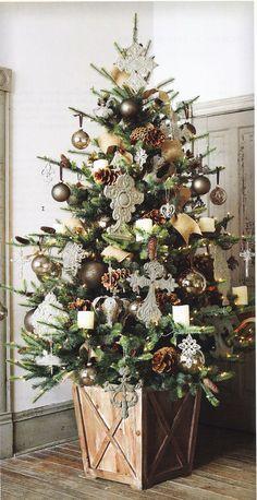 The FarmHouse Christmas Tree Box Tree Skirt Tree Collar - Weihnachten Christmas Tree Base, Beautiful Christmas Trees, Christmas In July, Country Christmas, Christmas Home, Vintage Christmas, Christmas Wreaths, White Christmas, Farmhouse Christmas Tree Stands