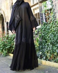 Fancy Lace Embroidered Abaya Designs Latest Collection consists of stylish & trendy abayas in casual, formal, fishtail styles, front open gowns, Abaya Noir, Mode Abaya, Mode Hijab, Abaya Style, Hijab Style, Abaya Designs Latest, Abaya Designs Dubai, Abaya Dubai, Abaya Fashion