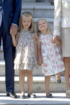 Infanta Leonor Infanta Sofia Photos: The Spanish Royal Family Welcomes Pope Benedict XVI to Madrid