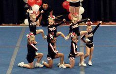 cheerleading stunting Youth stunt In halfs or fulls Easy Cheer Stunts, Cheer Camp, Cheer Coaches, Team Cheer, Cheer Dance Routines, Cheer Moves, Cheer Practice, Cheer Pyramids, Youth Cheerleading