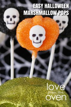 Easy Halloween Marshmallow Pops
