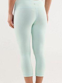 Lulu lemon workout yoga pants. i know these wouldnt look good on me.