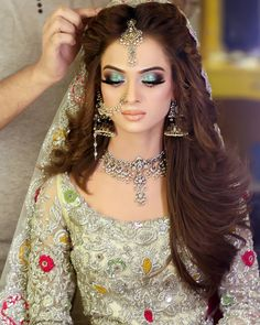 Beautiful Bridal Makeup, Bridal Eye Makeup, Wedding Makeup Looks, Beautiful Bride, Beautiful Soul, Simply Beautiful, Hijab Evening Dress, Nikkah Dress, Pakistani Wedding Dresses