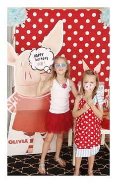 NEW  Olivia the Pig photo booth props  PDF file  by sweetbambinos, $12.00