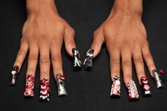 """Have you heard of """"duck feet"""" nails?"""