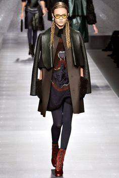 Fendi Fall 2012 Ready-to-Wear Fashion Show - Cara Delevingne