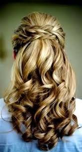 Résultats de recherche d'images pour «coiffure pour bal de finissant»