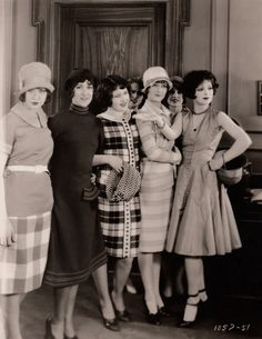 Fab Flappers Clara Bow (age 22) shows off her fashionable friends Rough House Rosie (1927)
