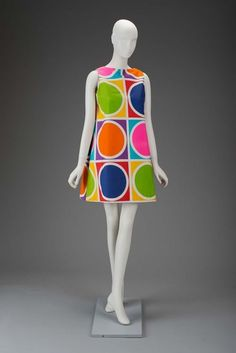 Vintage Dresses Dress, The Museum of Fine Arts, Boston - 60s And 70s Fashion, Mod Fashion, Fashion Mode, Fashion Art, Vintage Fashion, Fashion Design, Sporty Fashion, 1960s Dresses, 1960s Outfits