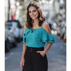 Discover the best in Best Sellers. Find the top 100 most popular items in Liar Clothing Best Sellers.Best Women's Clothing Stores Near Me Blouse Styles, Blouse Designs, Womens Clothing Stores, Clothes For Women, Clothes Sale, Women's Clothing, Moda Chic, Pinterest Fashion, Trendy Tops
