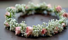 Coronita flori | http://www.aranjamentedevis.ro/coronita-flori/