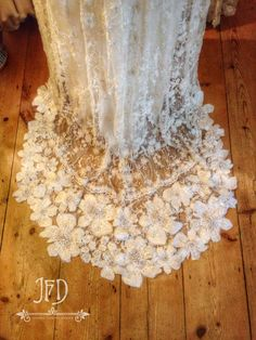 Joanne Fleming Design; Appliqued lace train detail. //  SOMETIMES THERE JUST ARE NO WORDS. SO INCREDIBLY BEAUTIFUL!!!  ♥A