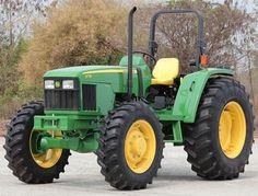 John Deere 5615 and 5715 Tractors Diagnosis and Tests Service Manual Jd Tractors, John Deere Tractors, John Deere Equipment, Survival Life, Rubber Tires, Repair Manuals, Farm Life, High Quality Images, Pdf