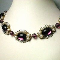Amethyst necklace - general style Diana would wear Renaissance Jewelry, Medieval Jewelry, Ancient Jewelry, Antique Jewelry, Vintage Jewelry, Medieval Clothing, Bohemian Jewelry, King Henry, Henry Viii