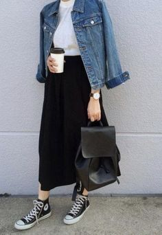 Style Hijab Casual Rok Jeans 66 Ideas For 2019 – Hijab Fashion 2020 Sneakers Fashion Outfits, Winter Fashion Outfits, Mode Outfits, Look Fashion, Skirt Fashion, 90s Fashion, Trendy Fashion, Trendy Style, Jeans Fashion
