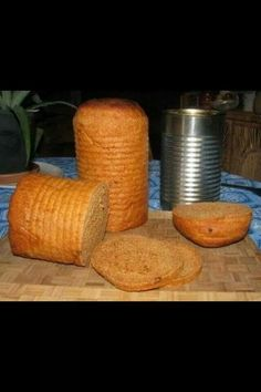 Make tin-can sandwich bread as a portable food option. - Achim Falz - Make tin-can sandwich bread as a portable food option. Make tin-can sandwich bread as a portable food option. Camping Hacks, Camping Diy, Camping Survival, Camping Meals, Tent Camping, Camping Recipes, Emergency Preparedness, Camping Supplies, Camping Stuff