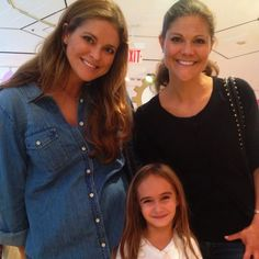 Madeleine and Victoria in NYC before Leonore was born!