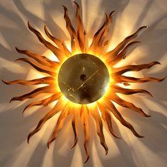 Um in jeder Ecke der Gastronomiestätte die Sonnenstrahlen auf der Haut zu fühlen. Google Shopping, Home Furnishings, Gold, Clock, Home Decor, Ebay, Products, Environment