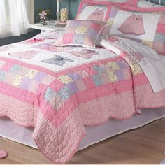 Girl's Quilts - Girls Fancy Frocks Patchwork Quilt