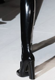 """Come take a walk on the dark side """" Gucci Fall 2014 """" High Heels Boots, Heeled Boots, Shoe Boots, Ankle Boots, Shoes Heels, Dr Shoes, Cute Shoes, Me Too Shoes, Gucci Fall 2014"""