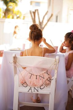 "Adorable ""Tiny Dancer"" Ballerina Birthday Party // Hostess with the Mostess®"