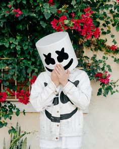 ❤gigglely little gai boi❤ Dj Music, Music Mix, Music Is Life, Alan Walker, Dj Marshmello, Marshmello Wallpapers, Nothing But The Beat, Hacker Wallpaper, Youre Crazy
