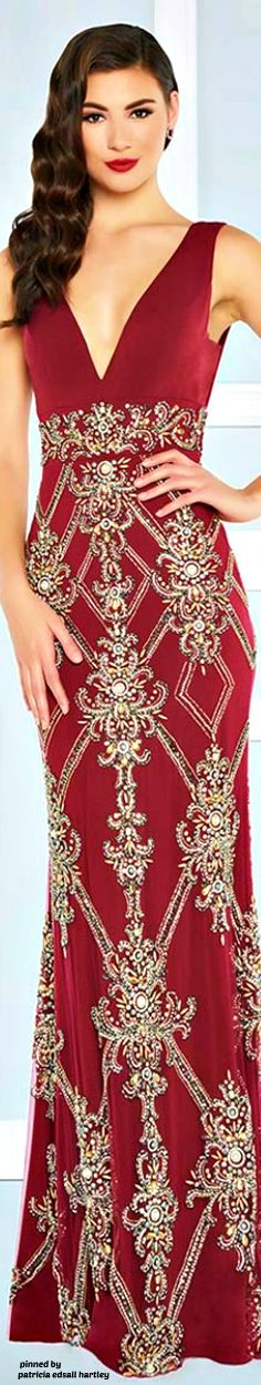 Mac Duggal designer dresses have turned heads for 30 years. Discover why his prom dresses, ball gowns, evening wear, and pageant dresses are so desirable. Red Fashion, Fashion Dresses, Pretty Dresses, Amazing Dresses, Dressed To The Nines, Pageant Dresses, Beautiful Gowns, Evening Dresses, Formal Dresses