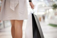 Age Wise Style: Savvy Tips for Shopping Summer's Designer Sales. #shopping #sale #savvytips