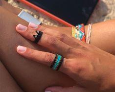 Anillo Miyuki Gato Beaded Rings, Beads, Bracelets, Alexander Mcqueen, Jewelry, Crochet, Sun, Anklets, Stud Earrings