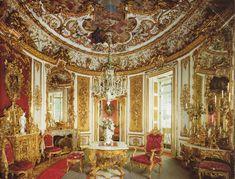 Inside of Linderhof Castle | Linderhof's Dining Room by sweetie18scc