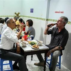 Bourdain and Obama Eat Cheap Noodles, Drink Cold Beer in Vietnam - NBC News